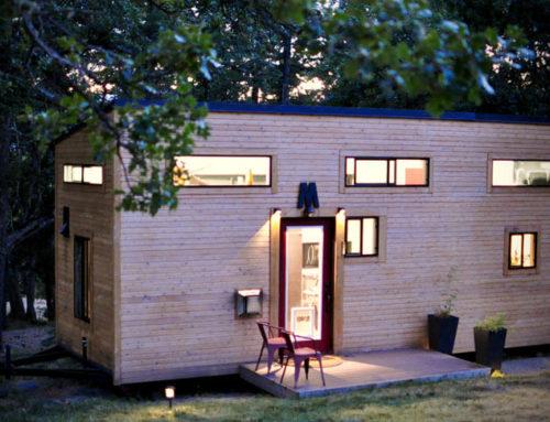 Tiny house I din baghave som led i integrationen